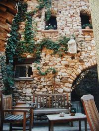 gite Pernes les Fontaines Le Guston en Luberon