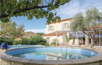 gite Martigues Three-Bedroom Holiday Home in Saint Chamas
