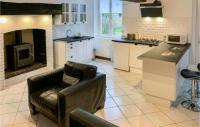 gite Romagny Awesome home in St Mars d'Egrenne w Outdoor swimming pool, Outdoor swimming pool and 1 Bedrooms