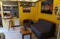 Gîte Grenoble Gîte Little house with terrace -Calm.FREE parking #M1