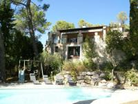 gite Arles A hidden paradise in the beautiful surroundings of Saint-Remy-de-Provence!