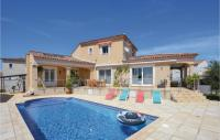 gite Saintes Maries de la Mer Stunning home in Saint-Gilles w WiFi, 5 Bedrooms and Outdoor swimming pool