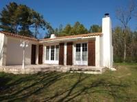 Gîte Saint Jean de Monts Gîte House Location maison saint jean de monts dans un envirionnement calme