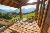 gite Dingy Saint Clair Wood - Art - Maison 360° vue lac Annecy by Locationlacannecy