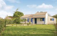 gite Legé Three-Bedroom Holiday Home in St Maixent sur Vie