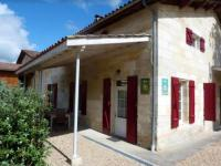 gite Puisseguin House with 3 bedrooms in Saintmartindelaye with furnished garden