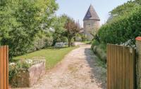 gite Vensac Two-Bedroom Holiday Home in St Palais sur Mer