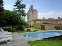 gite Melay Le Château De La Gau