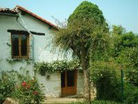 gite Villefagnan Rose Cottage in France