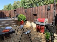 gite Théziers Maison avec patio et jacuzzi