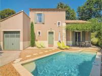 gite Arles Three-Bedroom Holiday Home in Saint-Remy-de-Provence
