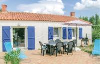 gite Touvois One-Bedroom Holiday Home in St Urbain