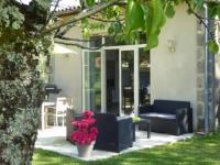 Location de vacances Aquitaine La Vigneraie de Laura: Gite Entre Vignes et Chênes
