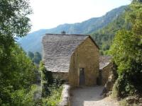 gite Mostuéjouls Cozy Holiday Home in Sainte-Enimie with River Nearby