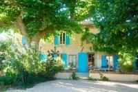 gite Rognes Les Volets Bleus Provence