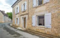 gite Clermont d'Excideuil Five-Bedroom Holiday Home in Savignac-Les-Eglises