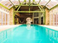 gite Uzerche Chic Holiday Home in Segur-le-Chateau With Swimming Pool