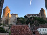 gite Précy sous Thil Bâtisse du pont Pinard et son granit rose