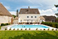 gite Chassagne Montrachet Sermesse Chateau Sleeps 12 Pool WiFi