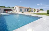 gite Pouzilhac Beautiful home in Sernhac w WiFi, Outdoor swimming pool and 4 Bedrooms