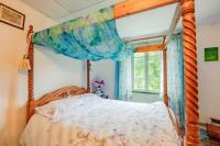 gite La Chapelle Bâton 3-Bed Rustic French Cottage