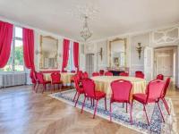 gite Vivoin Vintage Holiday Home in Souligné sous Ballon with Garden