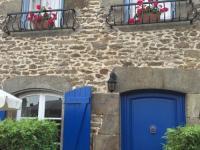 gite Pleugueneuc La Petite Maison Bleue