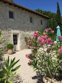 gite Arles Maison de Charme dans Domaine 17ème