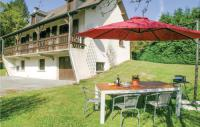 gite Peyrelevade Four-Bedroom Holiday Home in Tarnac