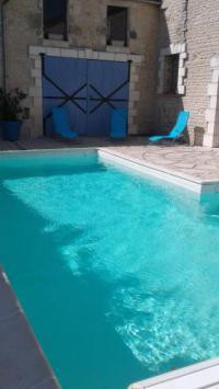gite Puyravault Maison avec piscine proche plage