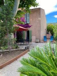 gite La Ciotat Petite maison au calme avec jardin clim et parking