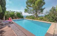 gite Peymeinade Four-Bedroom Holiday Home in Tourrettes