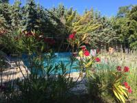 gite Salernes Villa avec piscine - tennis