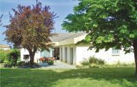 Gite La Mothe Achard Holiday home Rue De La Croix Blanche