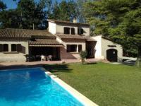 gite Tarascon Vedene Villa Sleeps 8 Pool Air Con WiFi