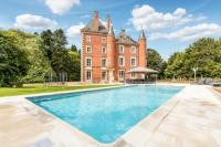 gite Chardonnay Vescours Chateau Sleeps 20 Pool WiFi