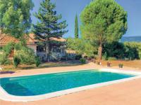 gite Lagnes Three-Bedroom Holiday Home in Villars