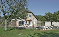 gite Uzerche Holiday home Voutezac with Outdoor Swimming Pool 438