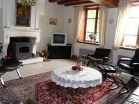 Gîte Allier Gîte Heritage holiday home in Vieure with Garden