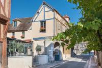 Hotel-Aux-Vieux-Remparts-The-Originals-Relais-Relais-du-Silence- Provins