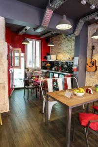 Hotel Ibis Budget Paris 8e Arrondissement hôtel Smart Place Gare du NordHiphophostels