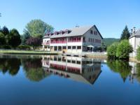 Hotel Fasthotel Cantal Le Lac Des Moines