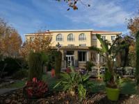 Hôtel Six Fours les Plages Adonis Sanary Grand Hôtel des Bains