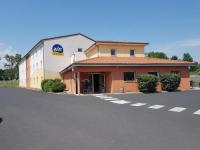 Hotel Ibis Budget Sugères Ace Hotel Issoire