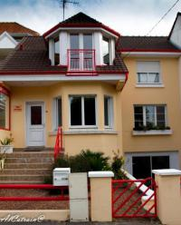 gite Neuville sous Montreuil Villa Antibes