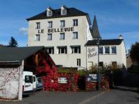 Hotel 4 étoiles Vèze Hotel Bellevue