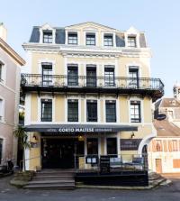 Hotel F1 Hoedic Hôtel du Commerce Le Galion