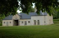 Gîte Mieuxcé Gîte Château de Vaux