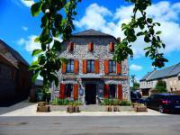 Hôtel Vèze hôtel Auberge Les Fontilles