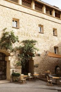 Hotel Kyriad Vitrolles en Lubéron Le Moulin de Lourmarin